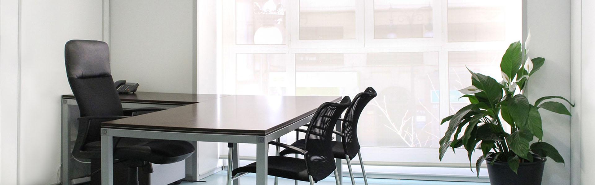 Alquiler de despachos y oficinas en en centro de valencia for Despachos y oficinas