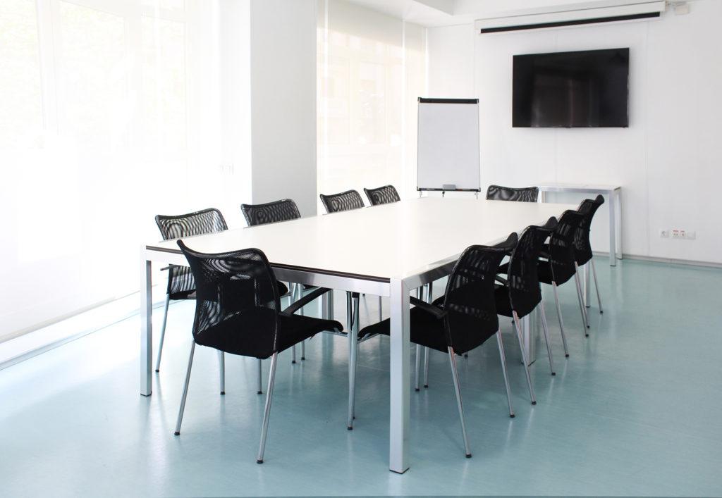 Alquiler de sala de formaci n en el centro de valencia for Sala de reuniones